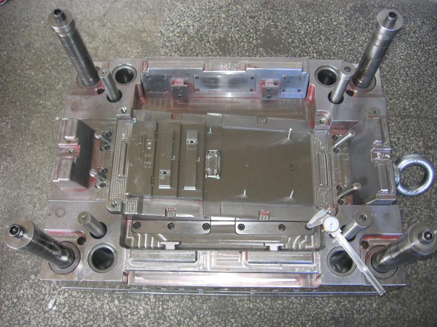 旭锦数码产品塑料模具,模具研发,模具制造