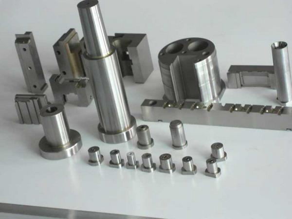 旭锦模具制造 注塑模具 模具加工
